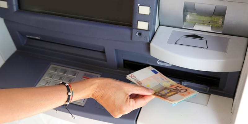 Banks With Lowest ATM/Debit Card Foreign Transaction Fees