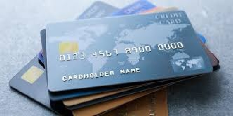 Reasons Why You Should Be Using Your Credit Cards More