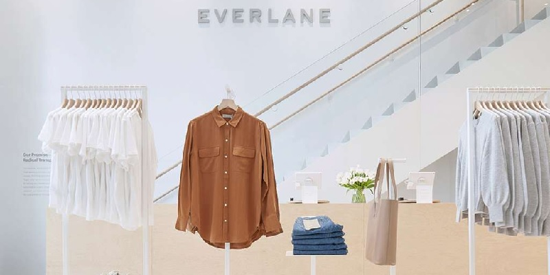 Everlane Bonuses: 10% Off Your First Order & Give 10%, Get $25 Referrals