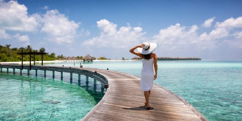 Top 10 Travel Destinations In April for Redeeming Points & Miles